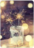 HARTUNG EDITION Zwei Wunderkerzen im Glas FEEL GOOD Postkarte