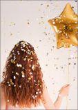 HARTUNG EDITION Frau mit Sternballon und Konfetti FEEL GOOD Postkarte